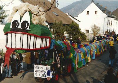 Umzug Drachen 1999